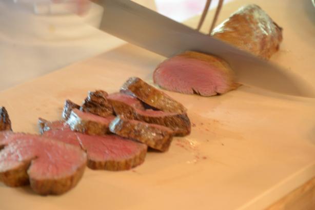 ヒレ肉のローストビーフカット