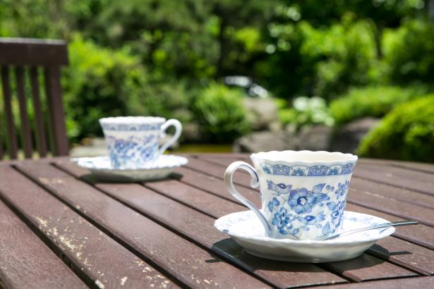 無料のコーヒーは是非お庭でどうぞ。