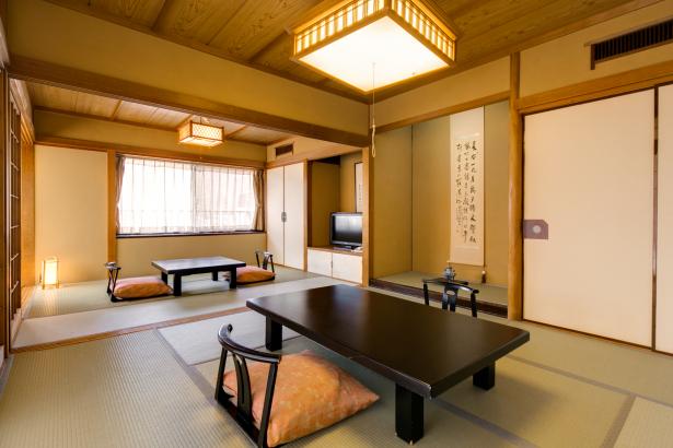 旅館気分を盛り上げる和室で寛ぎの時間を。