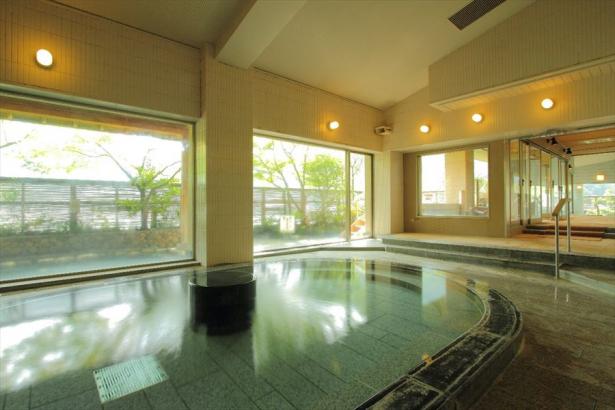 湯量豊富な6階大浴場