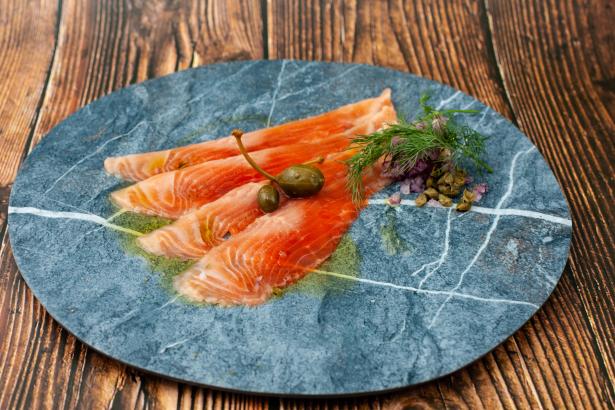 Salmon Collection (サーモン コレクション) 2種4枚より800円~