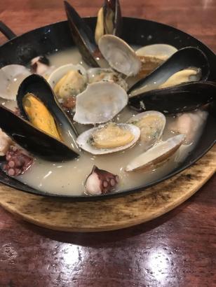 魚介の白ワイン蒸し